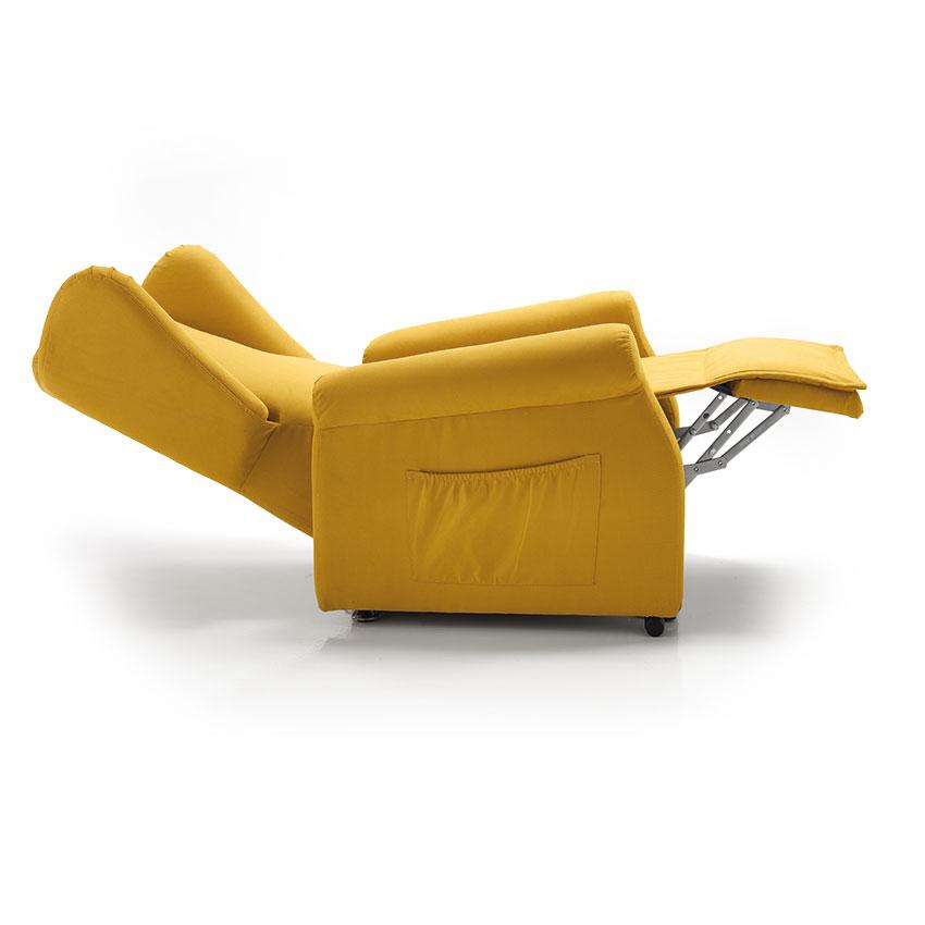poltrona relax con posizione letto